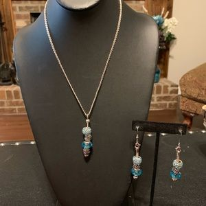 Aqua blue silver tone necklace and earring set